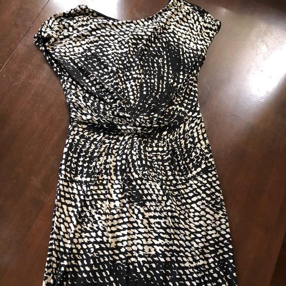 MaxMara Dresses & Skirts - MaxMara rayon shift dress with front ruching
